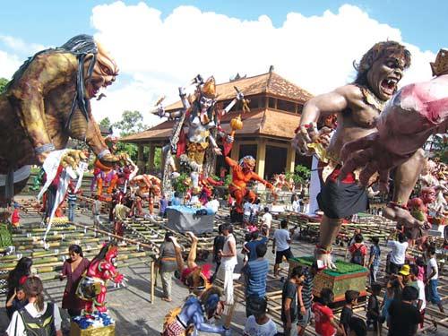 Ngày tết Nyepi không âm thanh ở Indonesia - 1