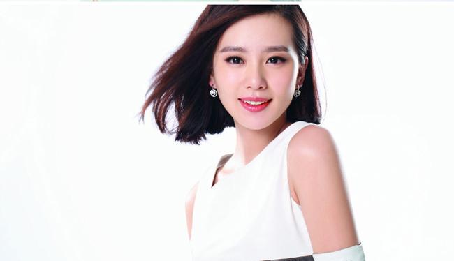 Sau những vất vả với một diễn viên múa, nhờ có vẻ đẹp gần giống với Lưu Diệc Phi nên Lưu Thi Thi đã nhận được nhiều lời mời đóng phim.