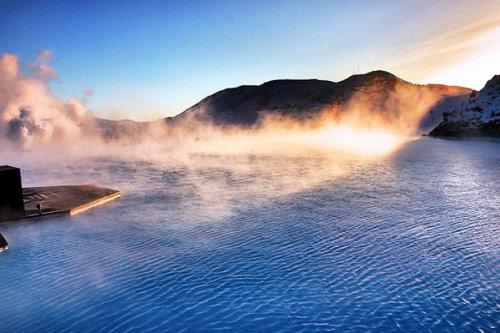 Tận hưởng spa thiên nhiên ở suối nước nóng - 1