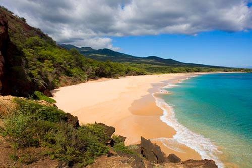 Bãi biển cát đen kỳ lạ ở Hawaii - 8