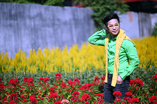 Quách Tuấn Du lạc giữa vườn hoa xuân - 5