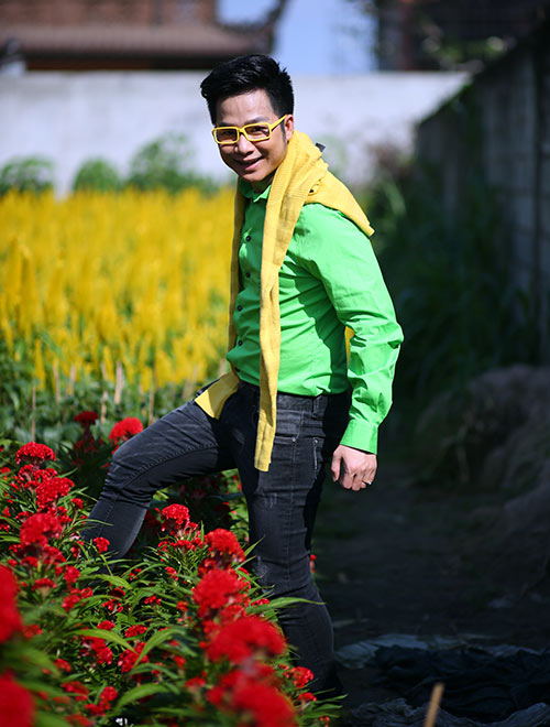 Quách Tuấn Du lạc giữa vườn hoa xuân - 7
