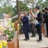 Nườm nượp khách viếng mộ Đại tướng dịp cuối năm