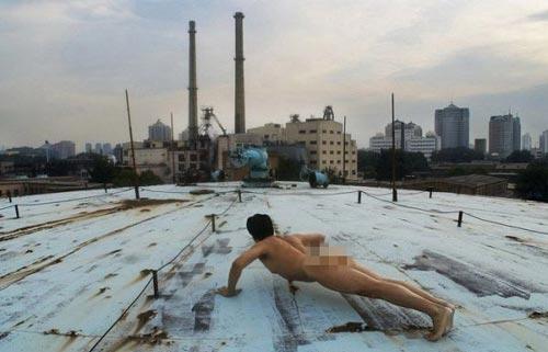 Khỏa thân hít đất khắp Trung Quốc - 6