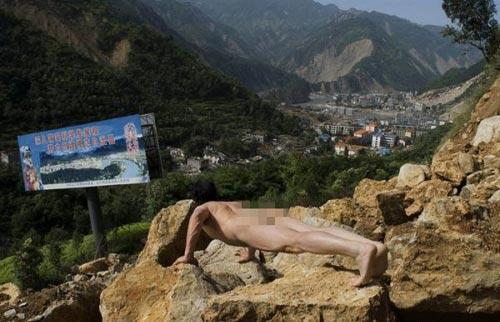 Khỏa thân hít đất khắp Trung Quốc - 7
