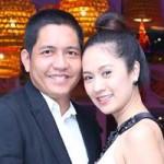 Phim - Vợ chồng Thanh Thúy tình cảm dự tiệc