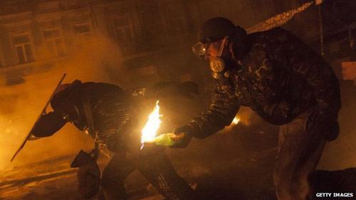Ukraine: Biểu tình bạo lực ép Tổng thống từ chức - 5