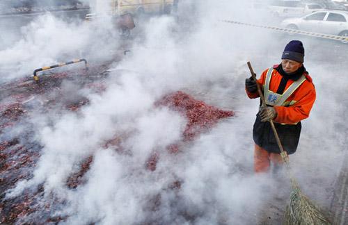 TQ: Pháo tết ế ẩm vì ô nhiễm không khí - 5