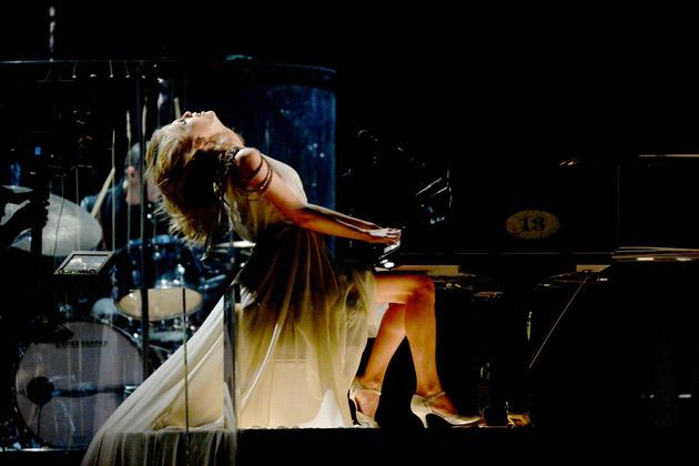 Taylor Swift xõa tóc tới bến tại Grammy - 3