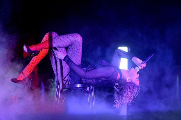 Taylor Swift xõa tóc tới bến tại Grammy - 7