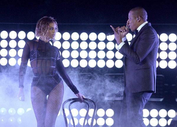 Taylor Swift xõa tóc tới bến tại Grammy - 8