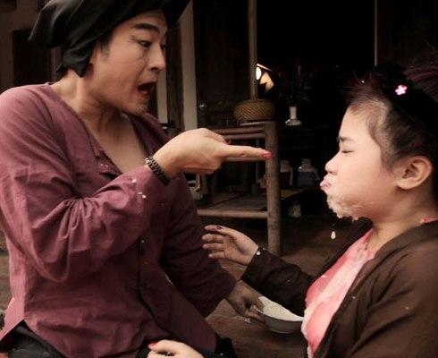 Hài Tết: Đua nhau diễn bạo hành trẻ em - 3