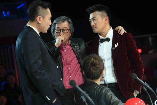 """""""Nàng rắn xanh"""" ngã tại China's Got Talent - 6"""