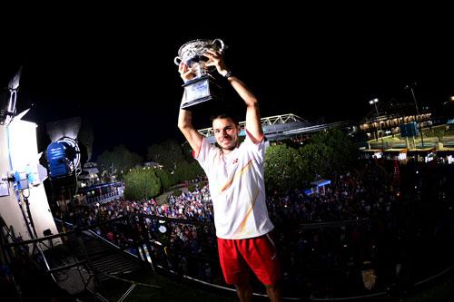 Wawrinka giản dị ăn mừng danh hiệu Australian Open 2014 - 9