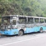 Tin tức trong ngày - Về quê ăn Tết, xe chở công nhân cháy rụi