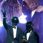 Ca nhạc - MTV - 33 cặp đôi cưới trên sâu khấu Grammy 56