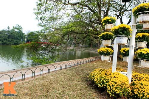 Hà Nội trang hoàng đón Tết Nguyên đán 2014 - 7