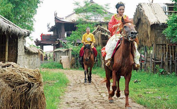 Dở khóc dở cười vì ngựa phi vào phim Việt - 3