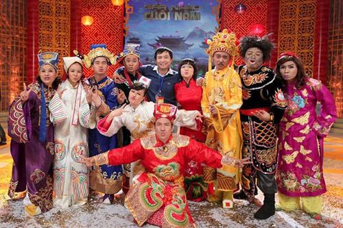 Hoàng Thùy Linh sexy, Hà Tăng rạng rỡ - 10
