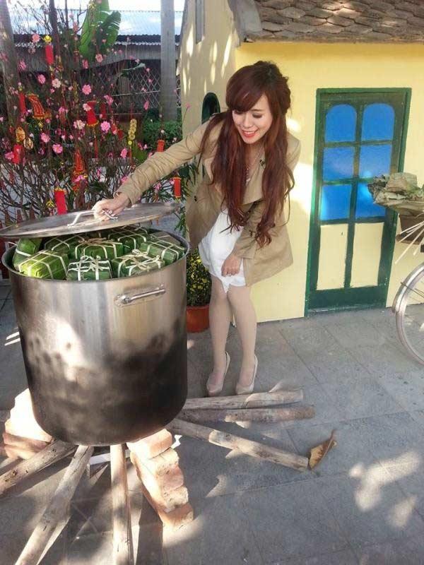 Hot girl Nam - Bắc chuẩn bị đón Tết - 12