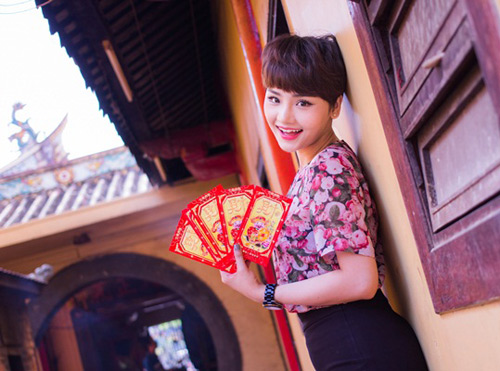 Miu Lê rạng rỡ khoe MV Xuân - 1