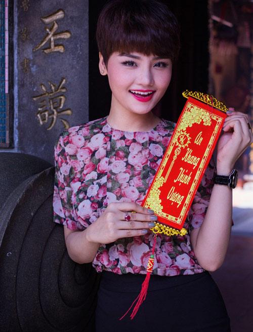 Miu Lê rạng rỡ khoe MV Xuân - 11