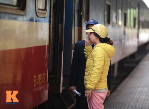 Xúc động chia tay chiều cuối năm ở ga Hà Nội - 12