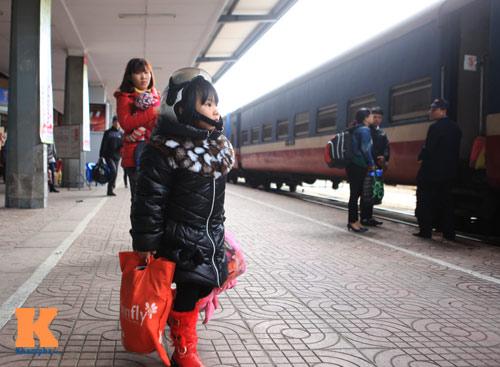 Xúc động chia tay chiều cuối năm ở ga Hà Nội - 4