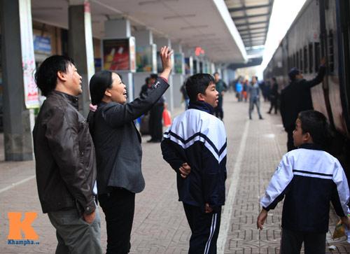 Xúc động chia tay chiều cuối năm ở ga Hà Nội - 5