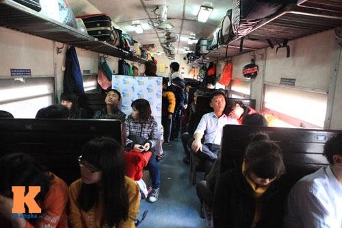 Xúc động chia tay chiều cuối năm ở ga Hà Nội - 15