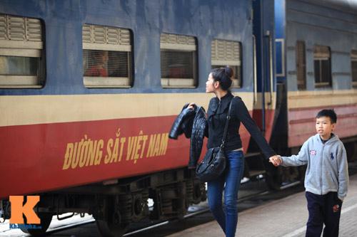 Xúc động chia tay chiều cuối năm ở ga Hà Nội - 10