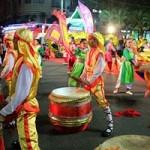 Tin tức trong ngày - Đường hoa Nguyễn Huệ đông nghẹt ngày khai mạc