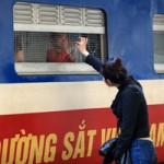 Tin tức trong ngày - Xúc động chia tay chiều cuối năm ở ga Hà Nội