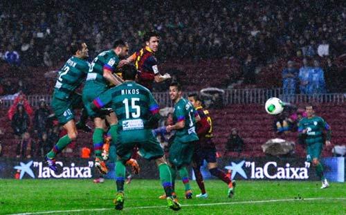 Barca – Levante: Đại tiệc bàn thắng - 1