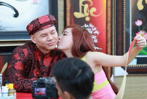 Phan Đinh Tùng làm mới Con bướm xuân - 4