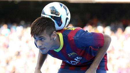 """Hé lộ thu nhập """"trên trời"""" của Neymar - 1"""