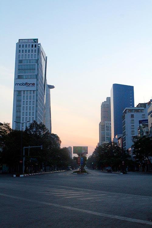 Một Sài Gòn vắng lặng sáng đầu năm - 10