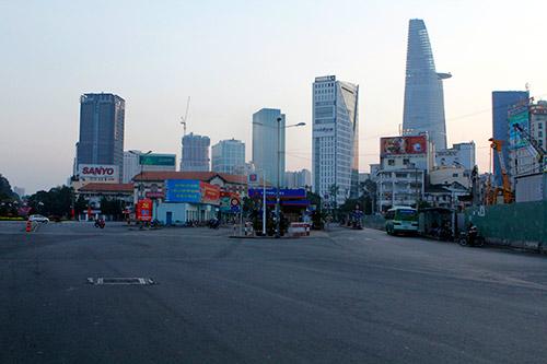 Một Sài Gòn vắng lặng sáng đầu năm - 12