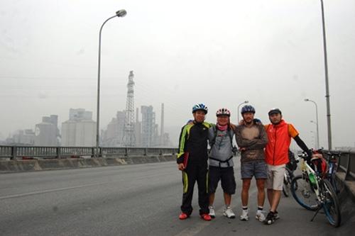 Người một mình đạp xe xuyên Việt - 2