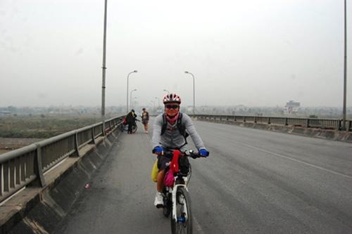 Người một mình đạp xe xuyên Việt - 3