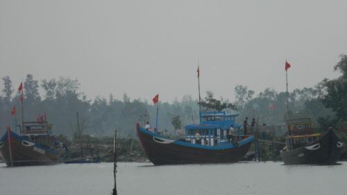 Ngư dân Hoàng Sa, Trường Sa xuất hành đầu năm - 1