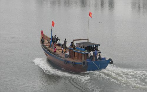 Ngư dân Hoàng Sa, Trường Sa xuất hành đầu năm - 5
