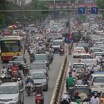 Tin tức trong ngày - Thủ tướng yêu cầu lập lộ trình hạn chế xe cá nhân
