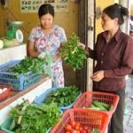 """Thị trường - Tiêu dùng - Chợ ế thực phẩm, hàng ăn vẫn """"chặt chém"""""""