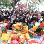 Tin tức trong ngày - Đầu năm mới, dân đổ xô đi chùa dâng sao, giải hạn