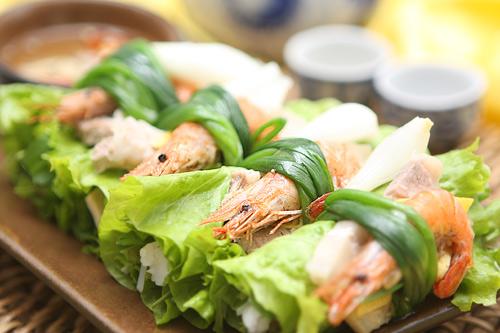 Thang - cuốn tôm thịt, món ăn lạ mà quen - 2
