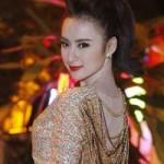 Ca nhạc - MTV - Angela Phương Trinh yêu kiều đón tuổi 19
