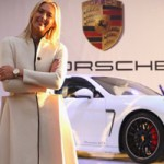 Ô tô - Xe máy - Maria Sharapova được tặng xe Porsche Panamera