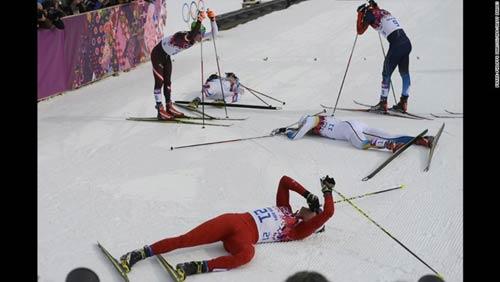 Những cú ngã đau tại Olympic Sochi - 13