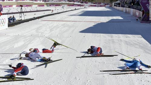 Những cú ngã đau tại Olympic Sochi - 14